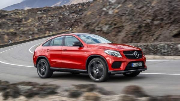 Mercedes me model të ri