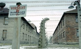 Auschwitzi: Reinhold Hanning gjykohet në Gjermani
