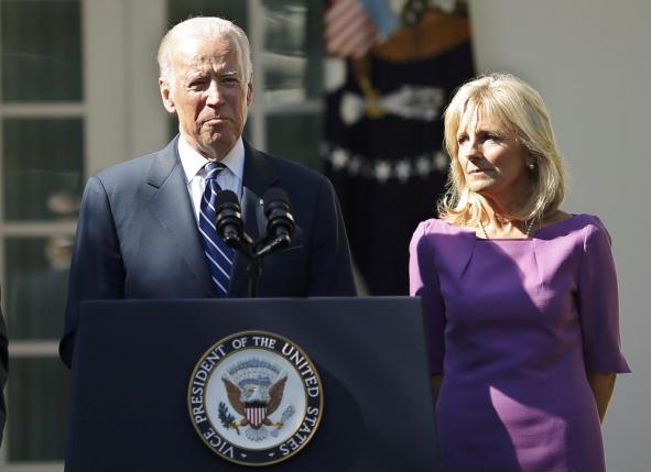 Biden kërkon ndjesë për deklaratat e Trump