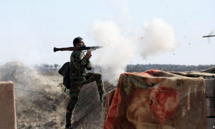 Irak: Militantët e IS-it i arrestuan banorët në Falluxha