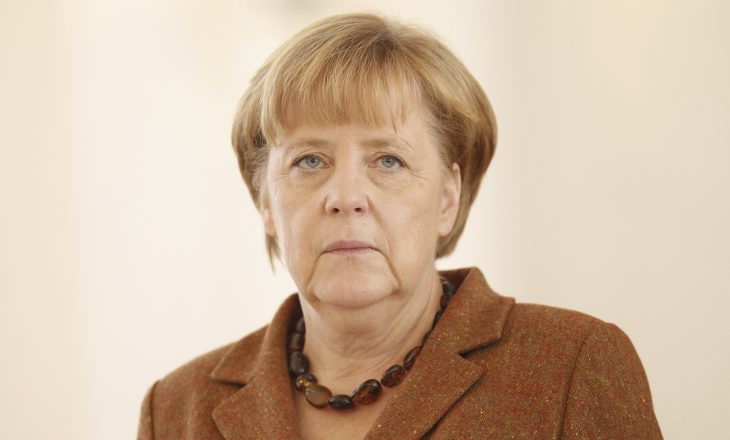 Jyrgen Habermas: Angela Merkel, armiku numër një i Evropës