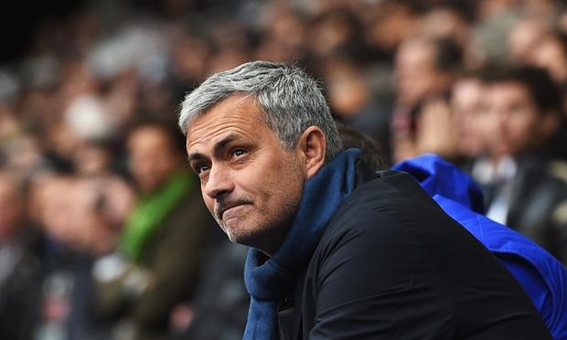 Mourinho fajëson futbollistët për humbjen