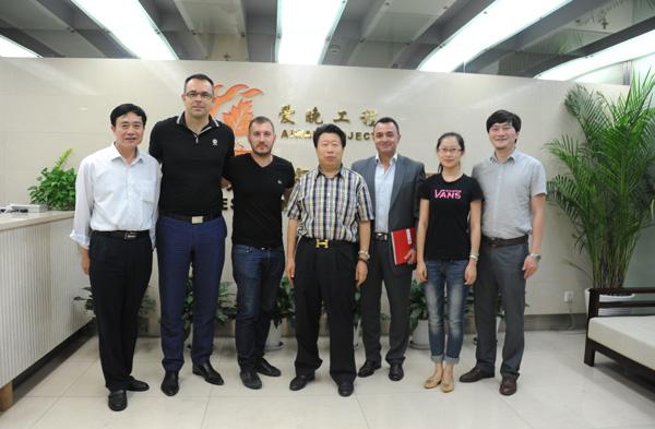 Pikëpyetje të reja për lidhjen e vëllait të Edi Ramës me kinezët