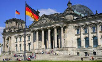 Përplasje në qeverinë gjermane, shkak refugjatët