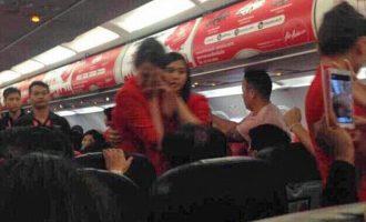 Rrahje në mes të dy stjuardesave, aeroplani bëri ulje urgjente