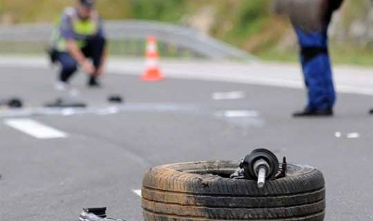Gjashtë të lënduar rëndë në një aksident në Tetovë