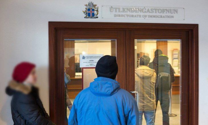 Familja shqiptare që po vë në pikëpyetje Kushtetutën e Islandës