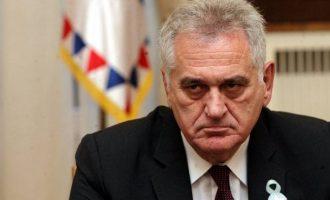 Presidenti i Serbisë alarmohet për situatën e Vuçiqit