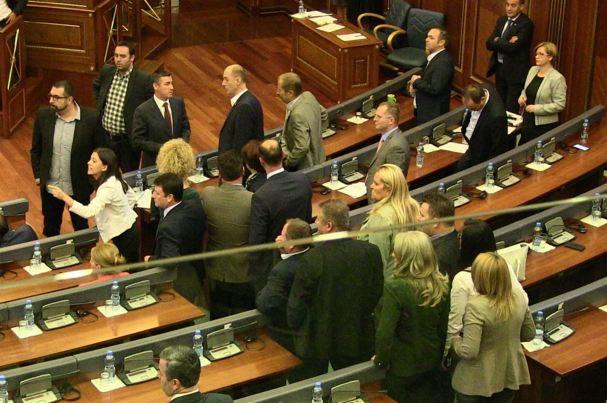 Opozita mendon për strategji të reja të protestës
