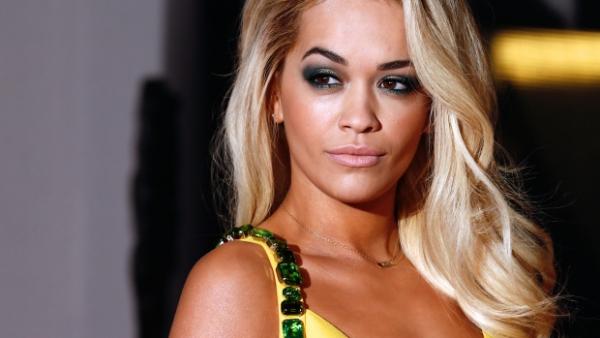 Rita Ora instalon pajisje të sigurisë në vlerë prej 20 mijë funte