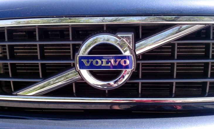 """""""Volvo"""" tërheqë nga tregu 59 mijë vetura në 40 vende"""