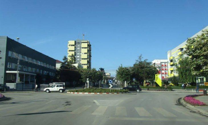 Gjilani përballet me mungesë të vendparkingjeve publike