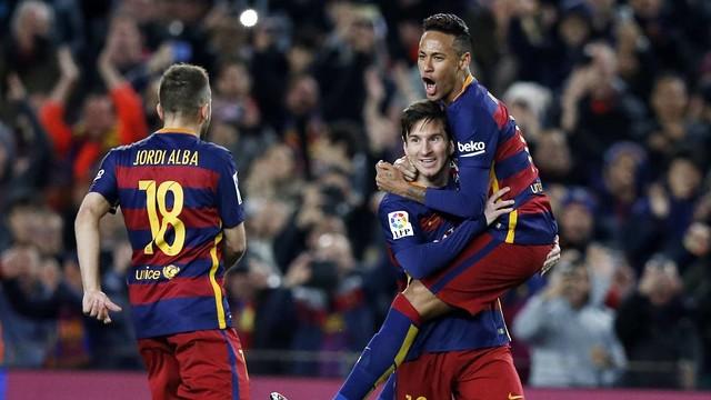Barcelona shkatërron Sporting Gijonin