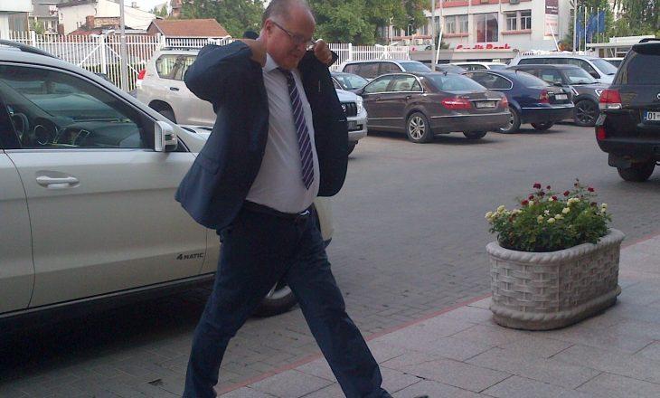 Zëvendëskryeministri dyshon se takimi i Ahmetit në jaht ka të bëjë me korrupsion