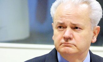 Krimet e pandëshkuara – aktakuza kundër Sllobodan Milosheviqit