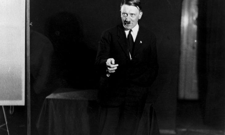 Albumi i Hitlerit del në ankand, në Angli