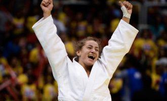 Majlinda Kelmendi kalon në finale – siguron medalje për Kosovën