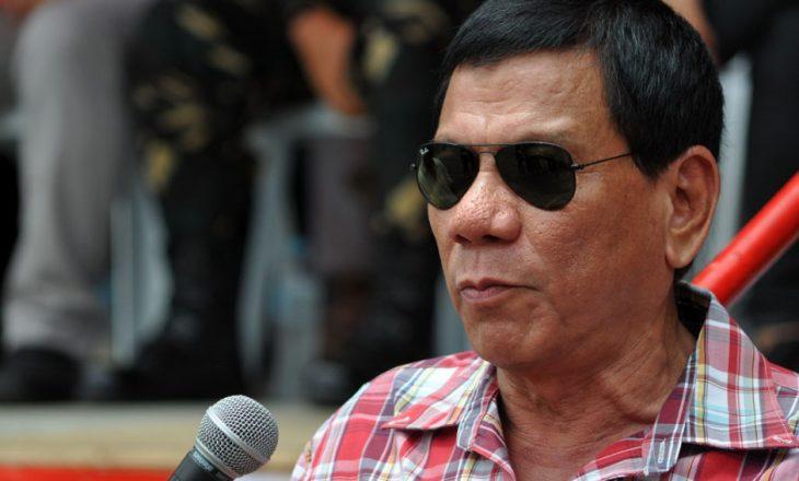 Presidenti i Filipineve pendohet që ofendoi Obaman