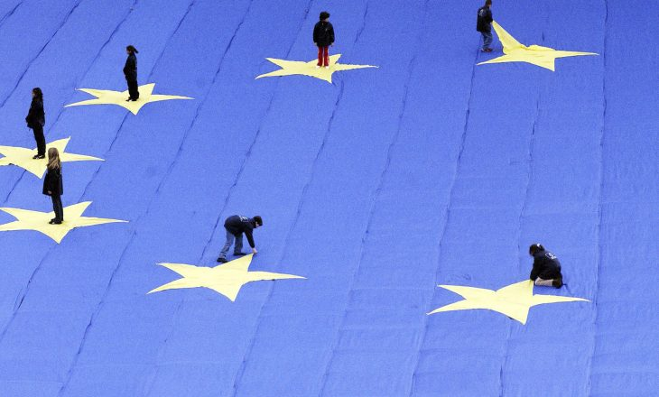 BE-ja detyron regjistrimin e lobistëve pas skandalit me Manuel Barroson