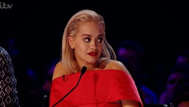Rita Ora pjesë e një fushate për ndihmë të refugjatëve