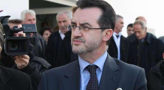 Agani: Do t'i bëjë kërkesë kryeministrit të më kthejë në punë