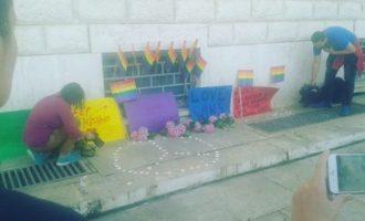 """LGBT në Tiranë ndezin qirinj për viktimat në Orlando: """"Vazhdoni të putheni"""""""