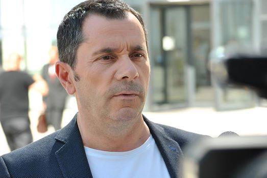 Avokati Gashi fajëson Thaçin pse nuk ka ngritur padi ndaj Serbisë për gjenocid