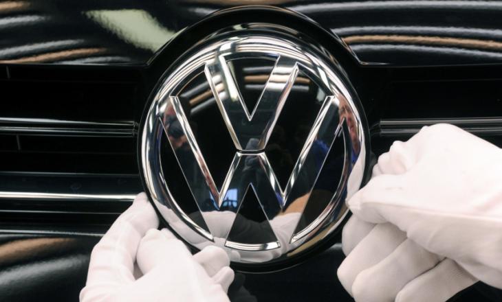 """VW pranon fajësinë për """"mashtrimin me emetimin e gazrave"""""""