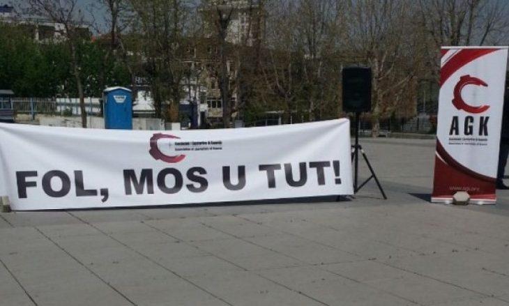 Gazetarët kërkojnë largimin e ambasadores turke nga Kosova