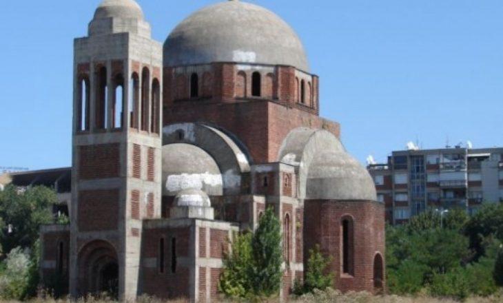 Studentët kundërshtojnë funksionalizimin e Kishës Ortodokse