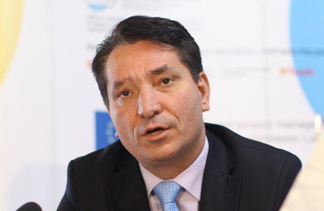 Pal Lekaj kërkon të ndërpriten bisedimet me Serbinë