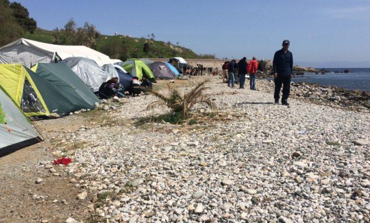 Greqia akuzon refugjatët se po ia prishin turizmin