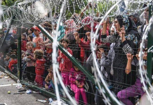 Kryeministrat e Ballkanit mblidhen në Vjenë për të diskutuar krizën e emigrantëve