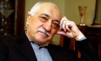 5 gjëra që duhet t'i dini për njeriun të cilin Turqia e akuzon për grushtin e shtetit