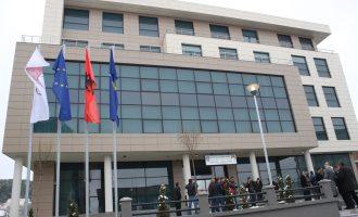 14 dallaveret e Komunës së Skenderajt me tenderët milionësh