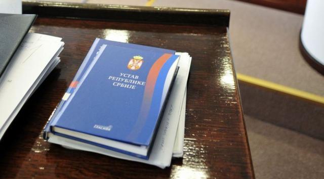 Serbia inspirohet nga Turqia për të mos e hequr Kosovën nga Kushtetuta