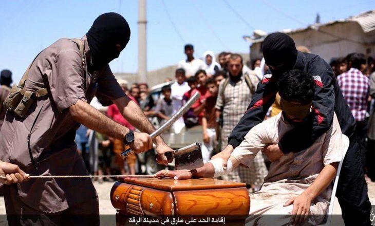 ISIS njofton në shqip për prerjen e dorës së një hajduti në Siri