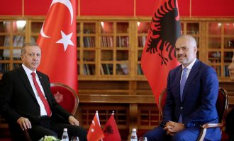 Kur ministrja shqiptare refuzonte kërkesën e Erdoganit për shkollat e Gulenit