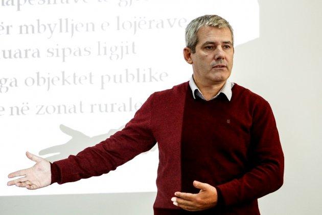 Shpend Ahmeti emëron zëvendësuesin e Xhelal Sveçlës