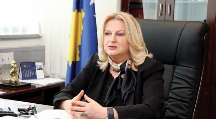 Edita Tahiri këmbëngul se marrëveshja për tabelat e veturave është arritur