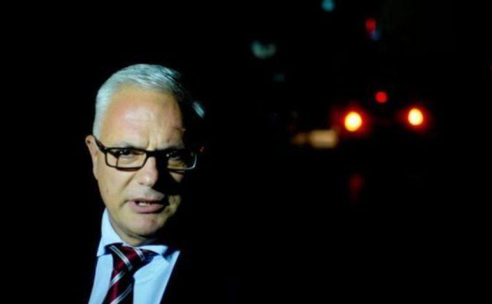 Adem Grabovci tregohet 'shef' edhe gjatë dëshmisë në rastin kundër Limajt