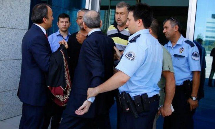 Fletarreste për 360 mbështetës të dyshuar të Gulenit