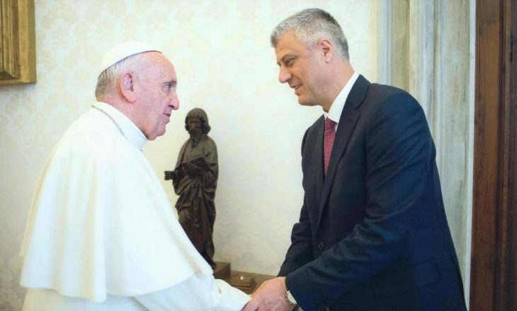 Presidenti Thaçi sqaron takimin privat me Papa Françeskun