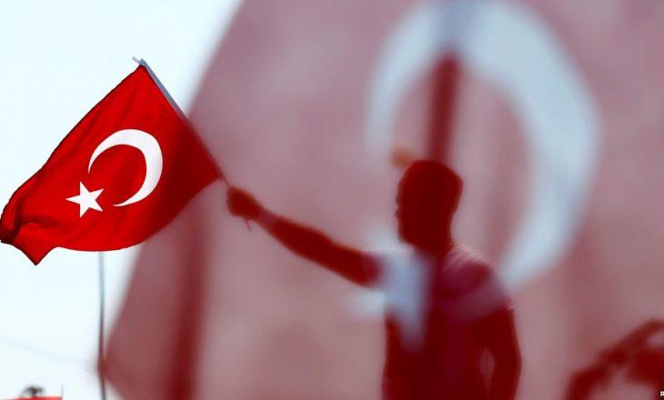 Mbi 32 mijë persona janë arrestuar pas puçit të dështuar në Turqi