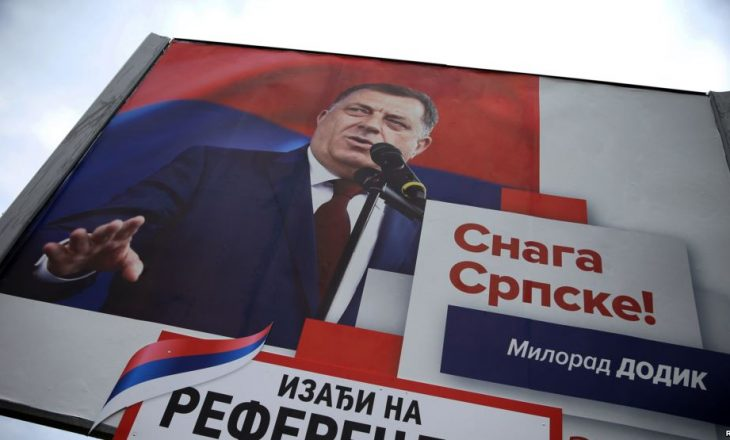 Serbët e Bosnjës mbajnë referendumin e ndaluar, rriten tensionet