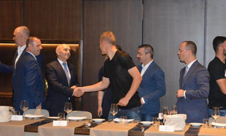 Mustafa: Kombëtarja shqiptare na e solli gëzimin e dytë brenda pak orësh