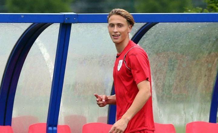 Lojtari i shpresave të Shqipërisë dëshiron të luaj për Kosovën