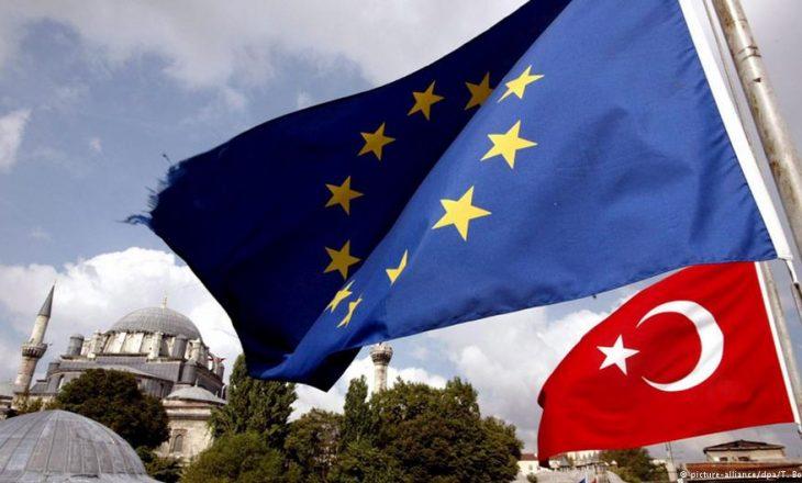 BE intensifikon përpjekjet diplomatike me Turqinë
