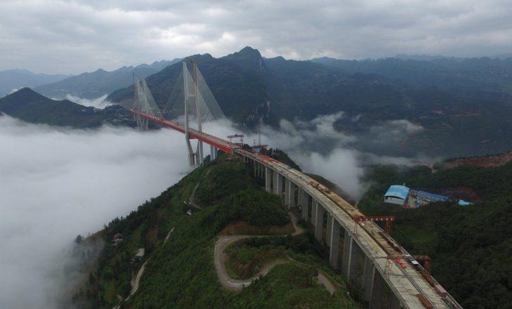 Ndërtimi i urës më të lartë në botë përfundon brenda pak muajve