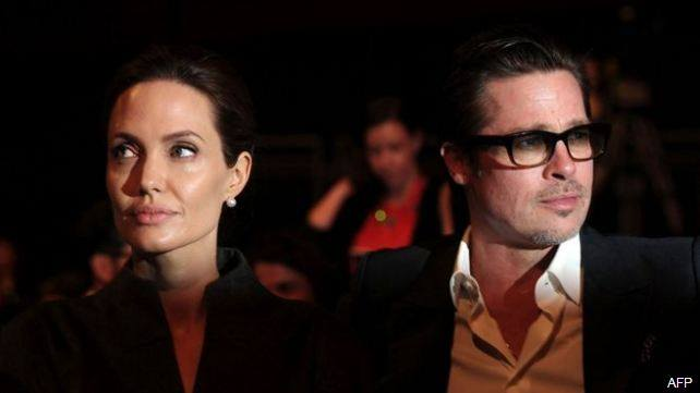 """Pitt ndjehet i """"trishtuar"""" pas kërkimit të divorcit nga Jolie"""